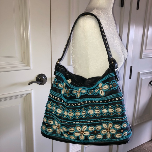Isabella Fiore Handbags - Isabella Fiore handbag with shell detailing